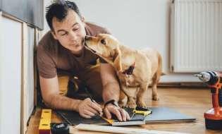 Kdaj se nakup za dom zares obrestuje? Preberite, kako pri nakupu, montaži ali priklopu prejeti največ.